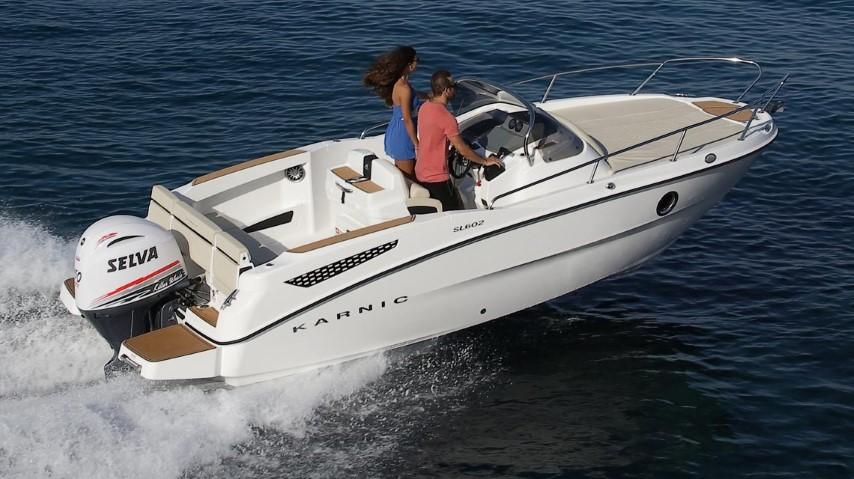 Karnic-speedboat-running-sl602