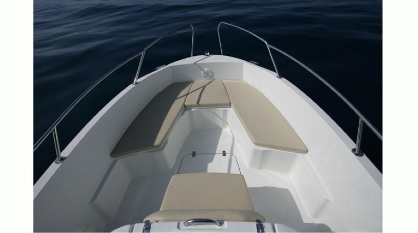 karnic1851-speedboat-hongkong