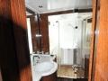 couach37m-flybrigeyacht-hk-bathroom