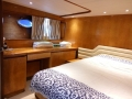 Johnson-yacht-bedroom2