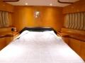 johnson-yacht-bedroom