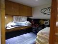 yacht-hk-guestroom