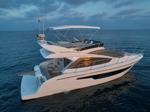 astondoa 44 flybridge motor yacht
