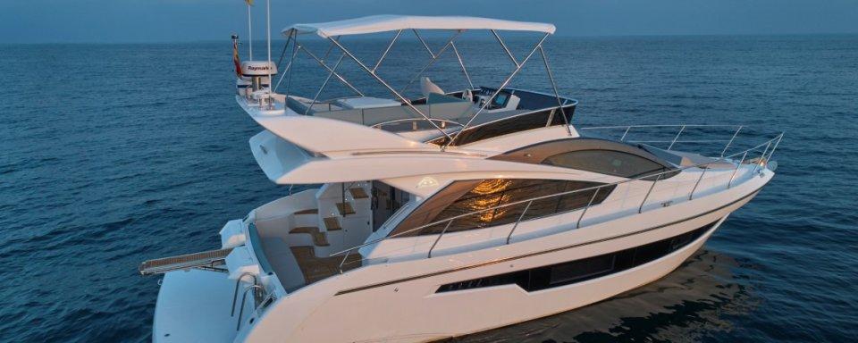 astondoa 44 flybridge motor yacht